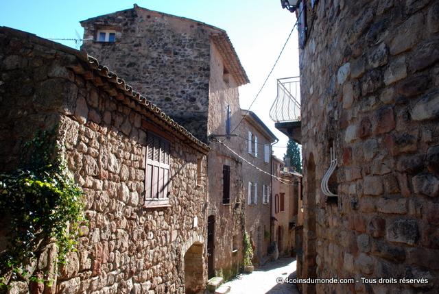 Le quartier du Parage - village médiéval des Arcs sur Argens