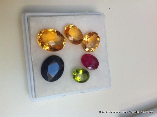 Quelques pierres achetées pendant des vacances à l'étranger