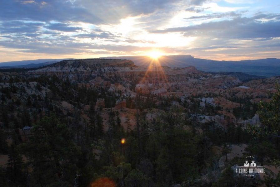 Bryce Canyon au levé du soleil